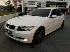 selling 2nd hand bmw 320i in olongapo