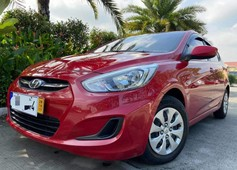 top of the line hyundai accent hatchback diesel at