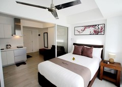 beach-fronting fully furnished 1br at azure urban resort