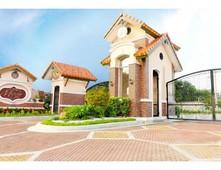 mirada dos house model - simba