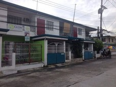 6 unit apartment in commercial area
